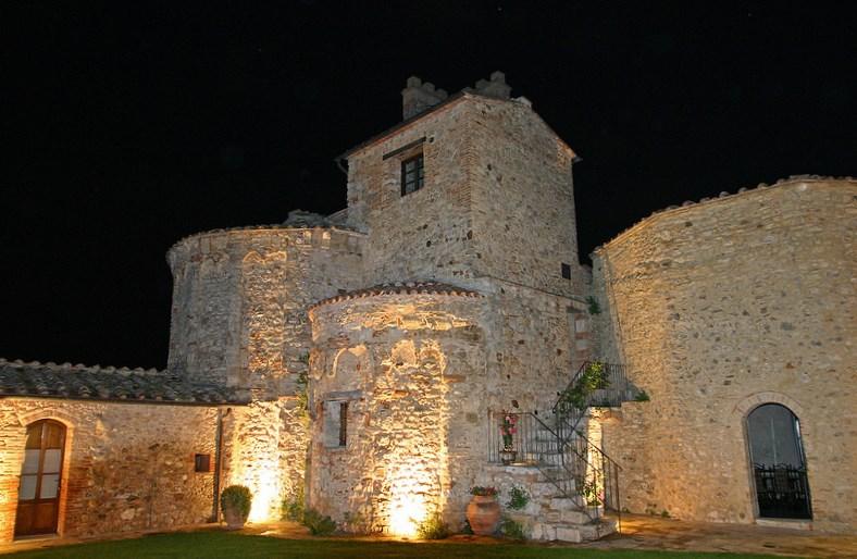 Pieve courtyard